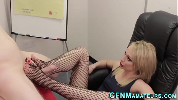 Footjob, Fishnet